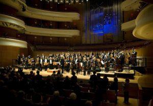 Hershey Felder plays Irving Berlin, Itzhak Perlman skates Beethoven