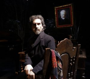 """Gent's Guide to Murder"" in Costa Mesa, Hershey Felder's ""Tchaikovsky"" in Laguna Beach"
